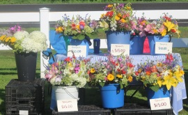Floral bouquets from Folls Flower Farm