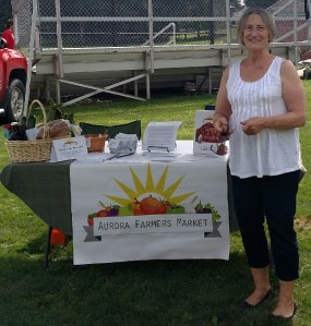 Village of Aurora Mayor Bonnie Bennett visits the market